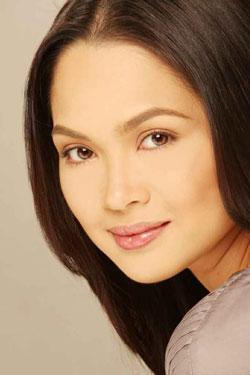 alluring mom Judy Ann Santos - Agoncillo