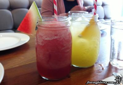 Refreshing fruit juices served in jars!